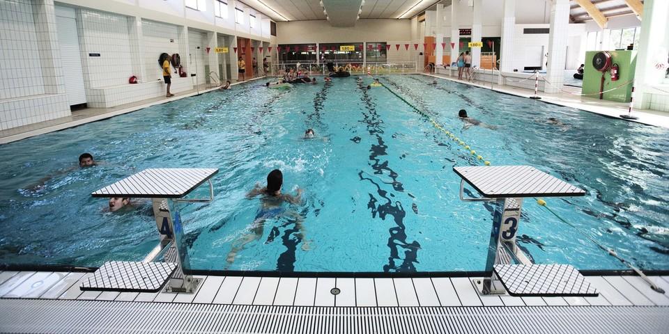 Zwembad sorghvliedt zin in hoboken for Zwembad belgie
